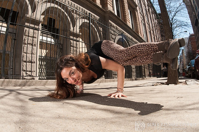 Side Crow Pose | Parsva Bakasana