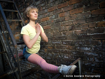 Mary Kuzmovich in hanumanasana, French Quarter New Orleans