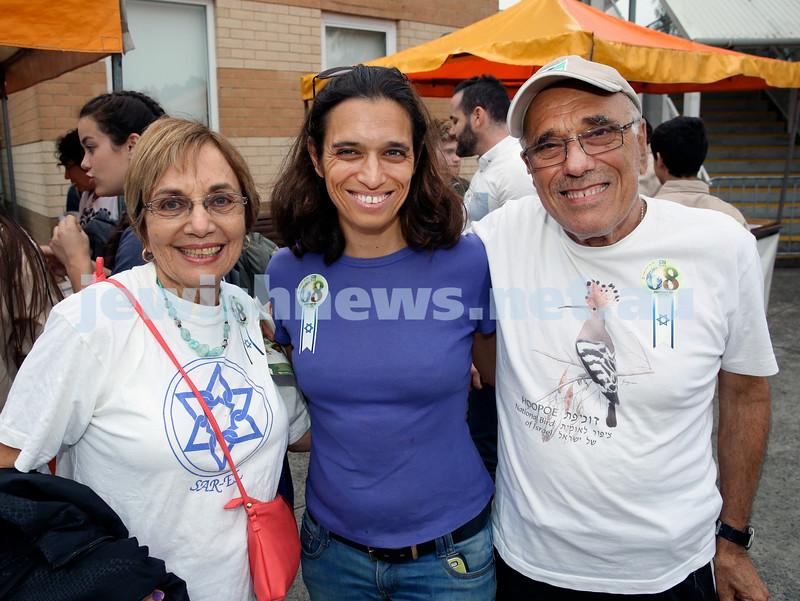 Yom Haatzmaut fair at Moriah College. (from left) Kitty Lowinger, Joanne Glass, Paul Lowinger. Pic Noel Kessel.