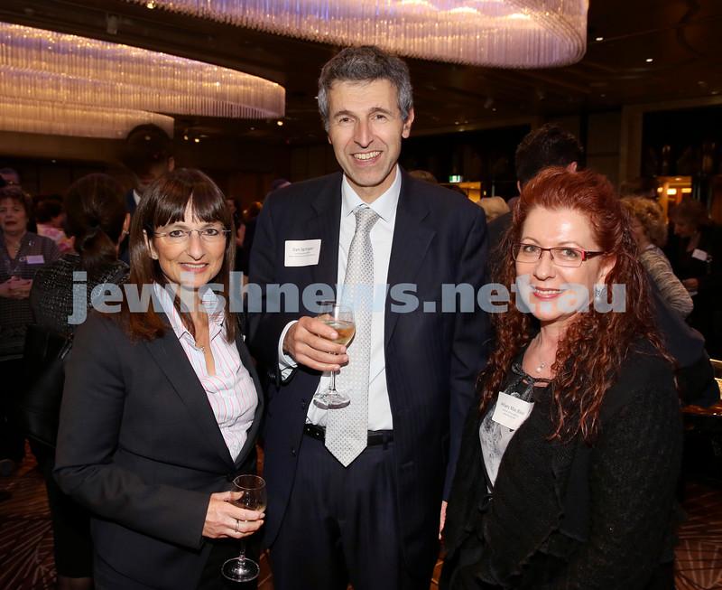 Yom Haatzmaut Communal Cocktail Party at The Shangri la Hotel. Pic Noel Kessel.