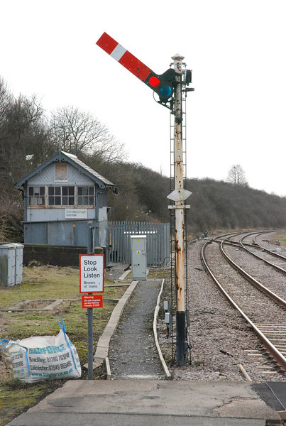 Gainsborough Central Box which if you into signal boxes is a<br /> <br />  Box type: <br /> <br /> MS&L2 dateing from 1885 26 levers