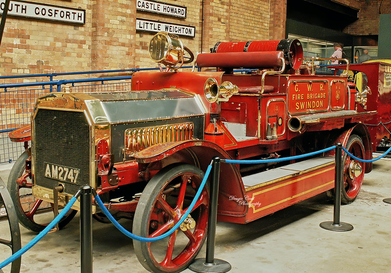 Dennis Fire Engine 'N' Type from 1912 (AM 2747) at York Railway Museum - 21 June 2005
