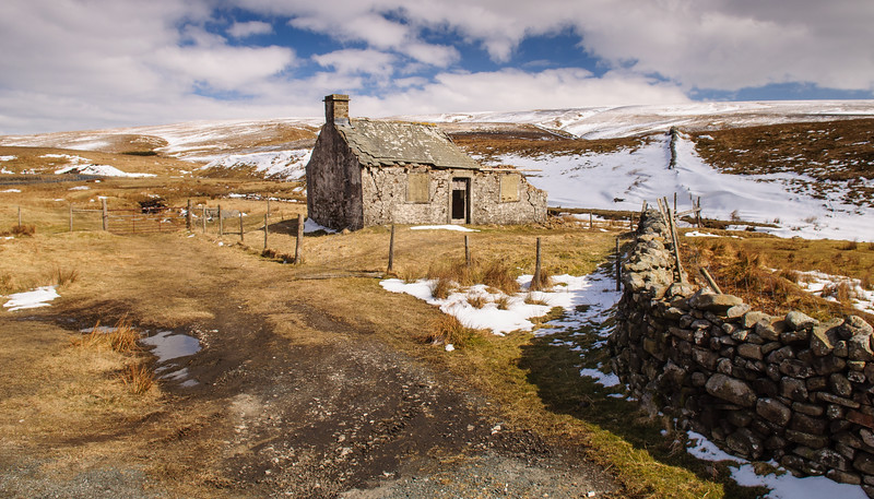 Gayle Beck Lodge ruins
