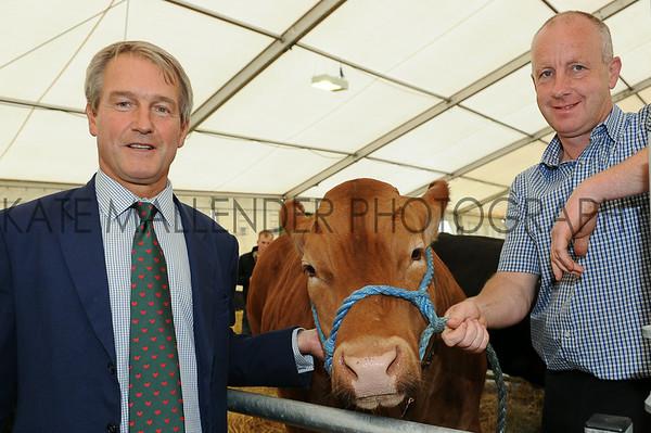Owen Paterson MP meets farmer Martin Wilkinson from Gainsborough, Lincs