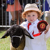 GYS 14_159 A_sheep young handlers