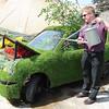 GYS 14_207_Grass car