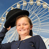 GYS 14_061_Child, bowler hat & big wheel