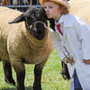 GYS 14_149_sheep young handlers