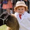 GYS 14_164_sheep young handlers