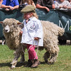 GYS 14_165_sheep young handlers