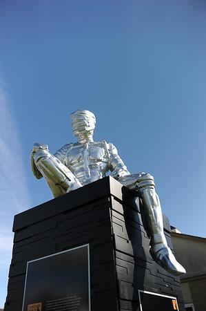 GYS 14_246_Man of Steel + blue sky