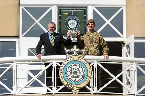 GYS 14 Nigel Morgan presents Pte Matthew Gilmartin with the Best Soldier of the Yorks Regiment