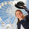 GYS 14_068_Child, bowler hat & big wheel