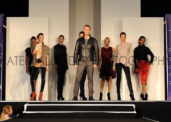 001 Fashion