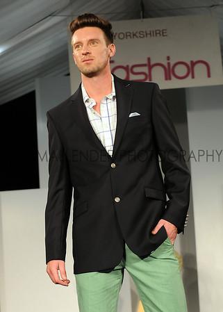 043 Fashion