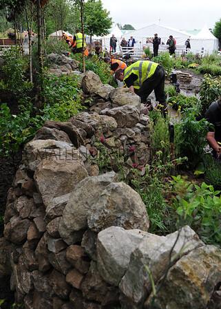 068 UK Skills garden day 2