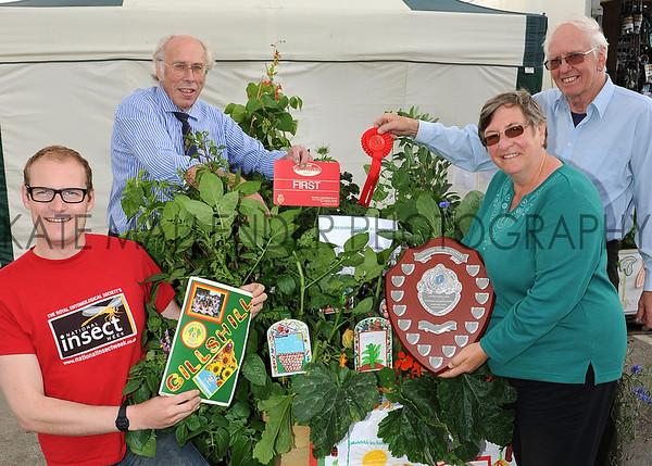 GYS 2012 Garden Show veg box winner Gillshill Primary School, Hull presented by (L-R) Luke Tilley& Graham Ward from StockbridgeTechnology Centre, Christine Walkden & Mike Prest.