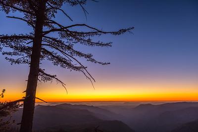Sunset along Highway 41. Yosemite National Park. California.