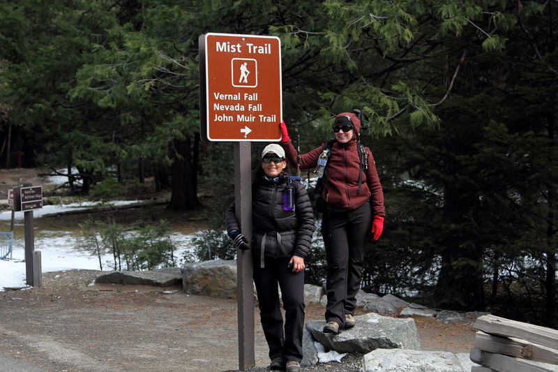 Rose and Donna start hiking