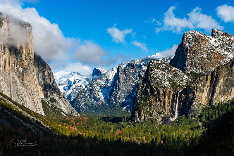 Yosemite Valley - Tunnel View
