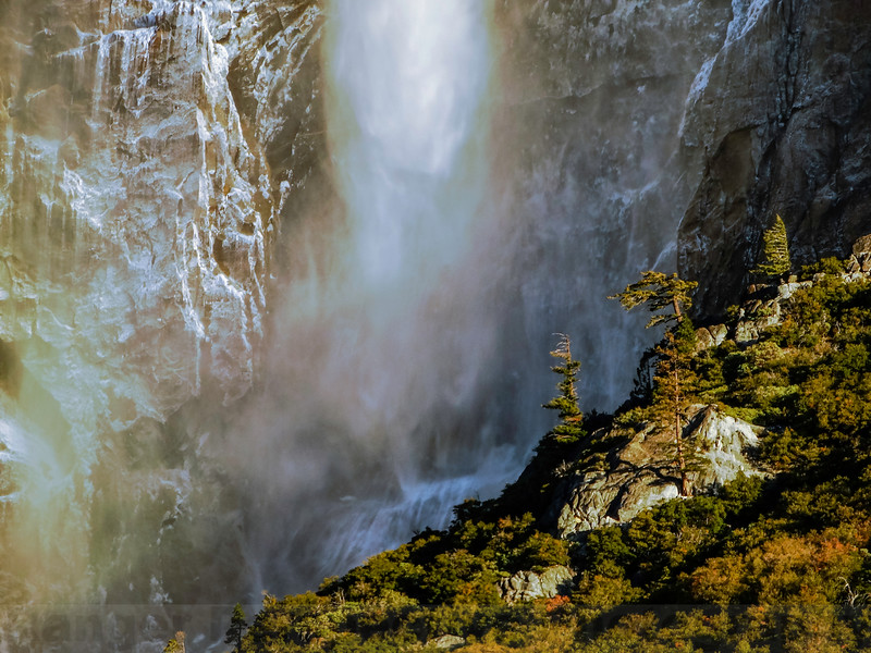 Upper Yosemite Falls: Changing Mist