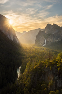 First light sunrise from Tunnel View, Yosemite National Park