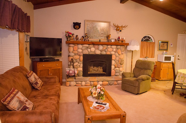 Huff and Puff Cottage Review: The Living Room