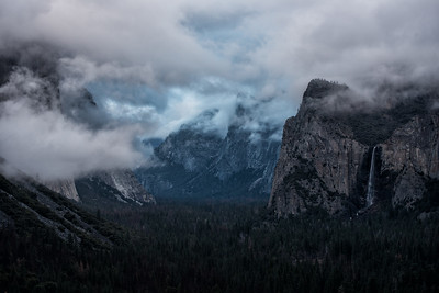 Tunnel View of El Capitan in the Clouds.