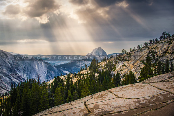 sunrays over halfdome yosemite-4913-2