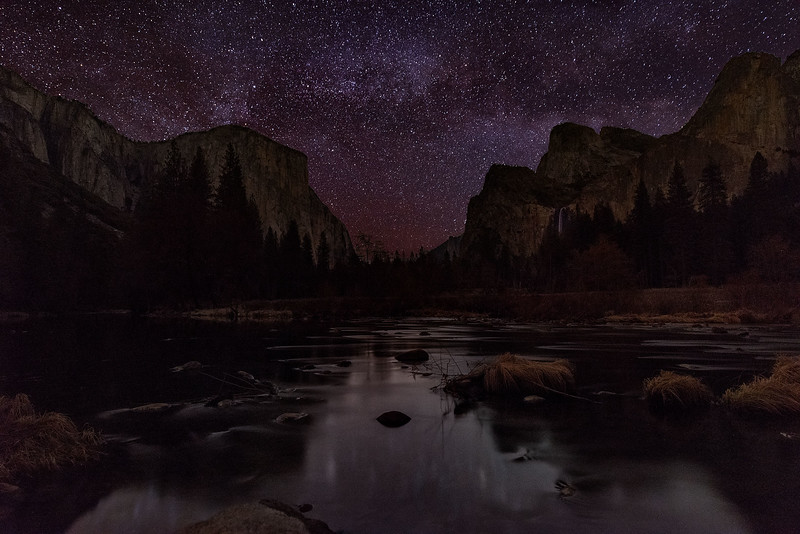 Milky way rising at Gates of the valley - Yosemite National Park