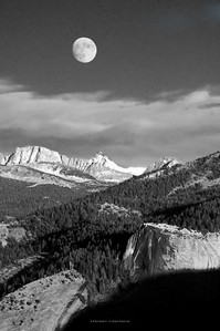 Moon Rise Glacier Point