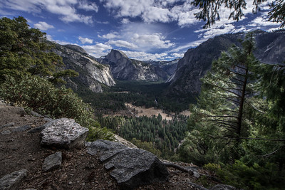 Yosemite Valley as seen from trail to Upper Yosemite Falls