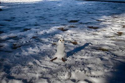 Church Snowman 12-31-13.