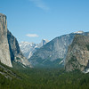 The impressive Tunnel View with El Capitan, Bridalveil Falls and Half Dome.
