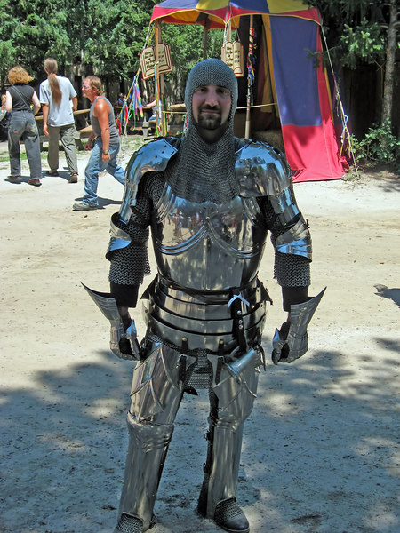 IMG_1187 This knight told me his suit of armor weighs 120 pounds.