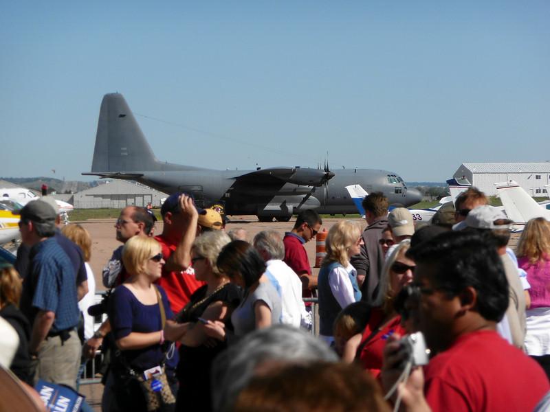 P1000486 C-130 behind the crowd