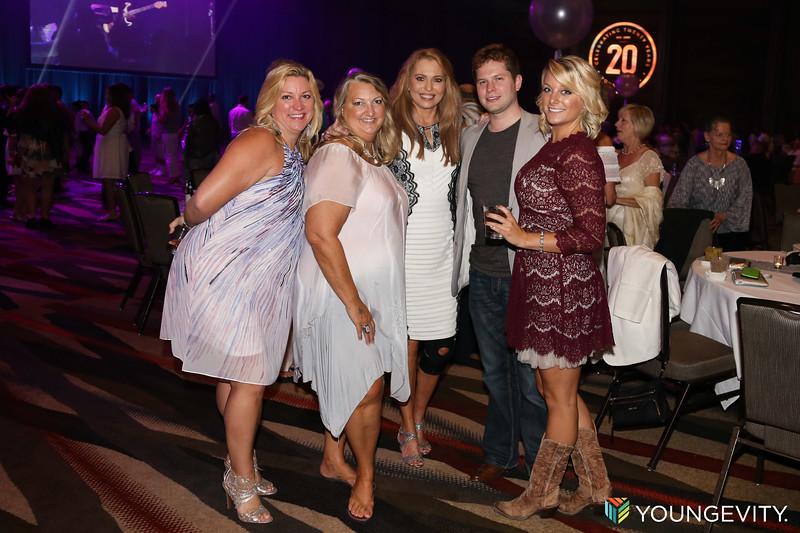 08-19-2017 Glow Party ZG0138