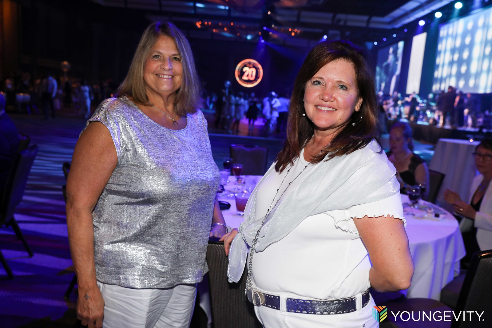 08-19-2017 Glow Party CF0022