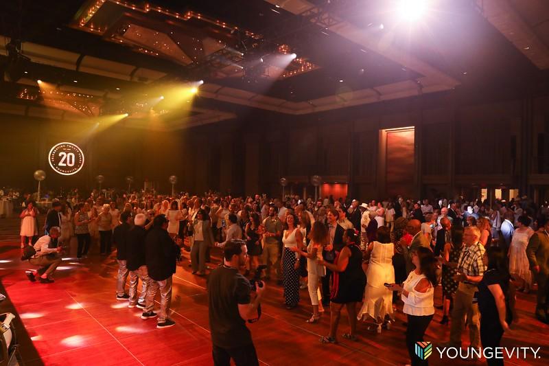 08-19-2017 Glow Party CF0056