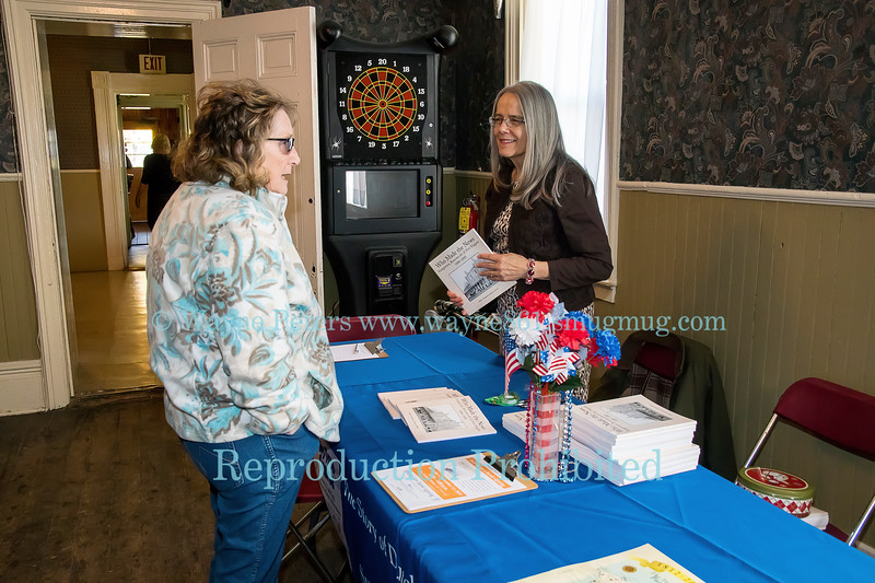 """Suzanne Dietz signing her book """"Who Made The News"""" at the Stone Jug in Youngstown, NY on November 12, 2016."""