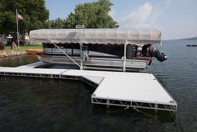 Boat1021