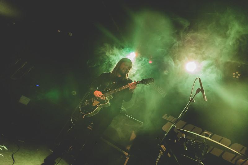 Band-of-Skulls-592