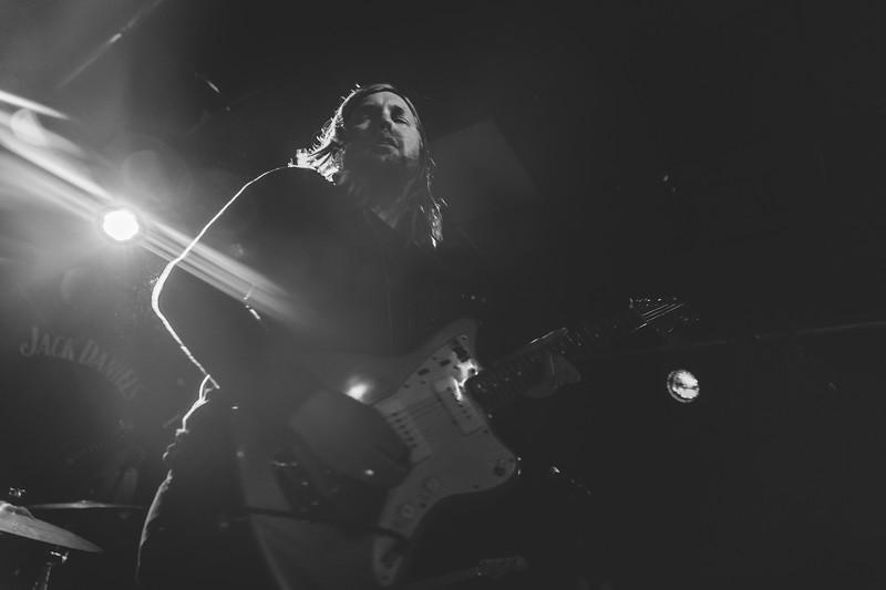 Band-of-Skulls-217