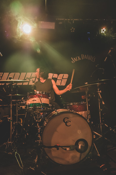 Band-of-Skulls-900
