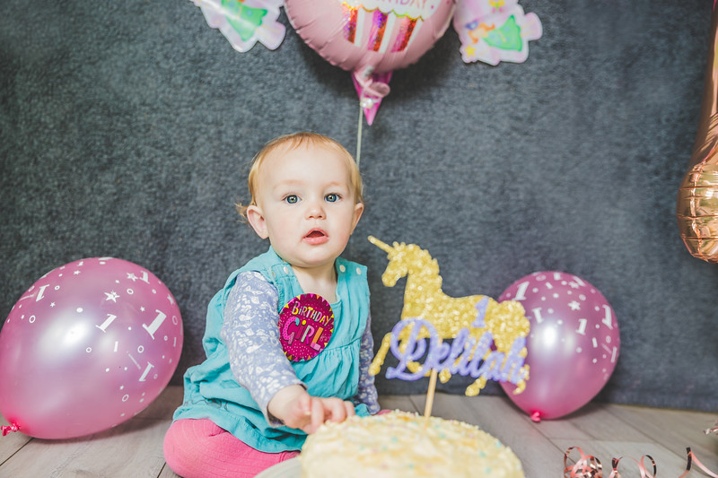 Delilah-Cake-Smash-12-Edit