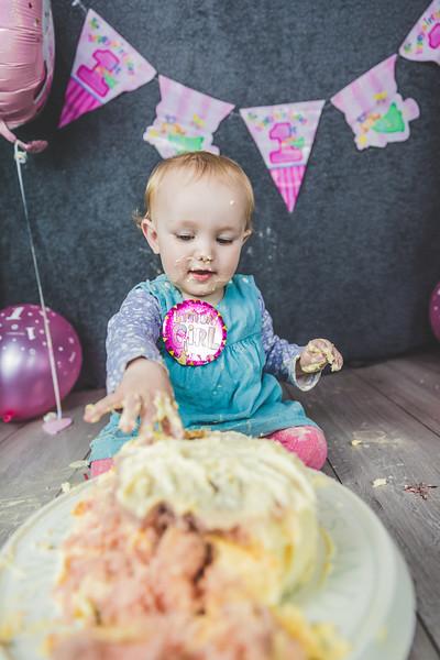Delilah-Cake-Smash-178