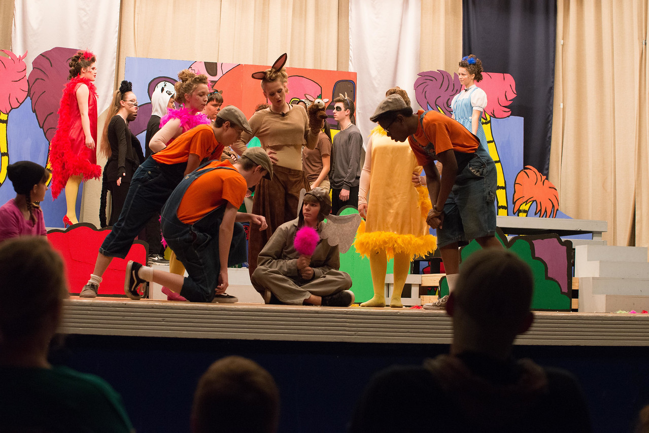 Seussical-19