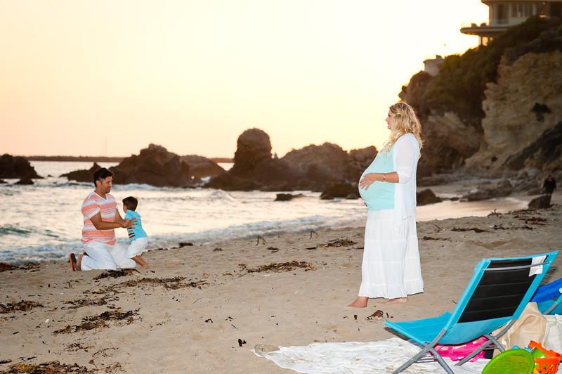 Tara's Maternity Pictures-105