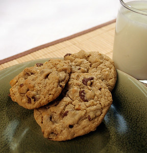 Barley Chocolate Chip Cookies
