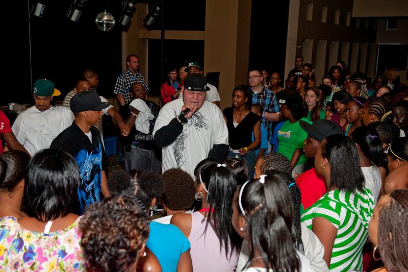 "MYLE Dance Monday evening.  copyright © 2009, Erik Mathre, <a href=""http://www.eventpixels.com"" target=_blank>EventPixels.com</a>, <a href=""mailto:erik@eventpixels.com"" target=_blank>erik@eventpixels.com</a>"